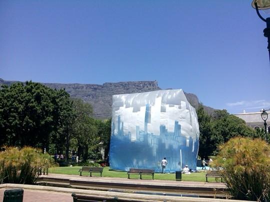 Inhabiting Plastic Oceans. In Lo<3 We Trash Cape Town.