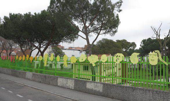 Selfmade School Manuel Núñez School Fence